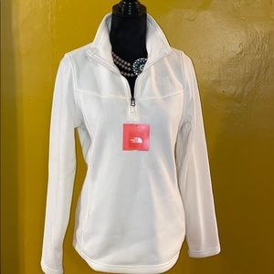 🕶😍NWT North Face Sweater